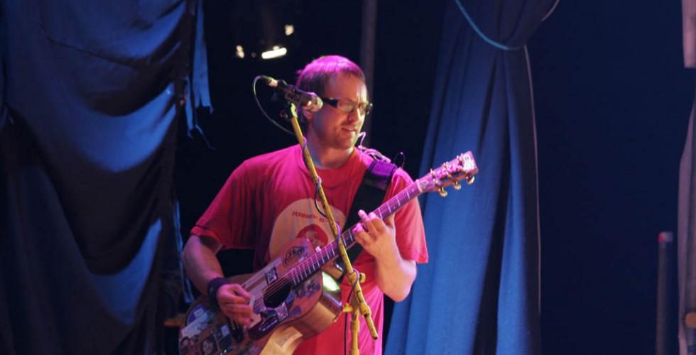 Wheatus Open Their Set at LeeStock 2012
